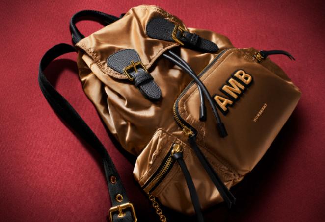 Burberry肩背包包系列 经典时尚
