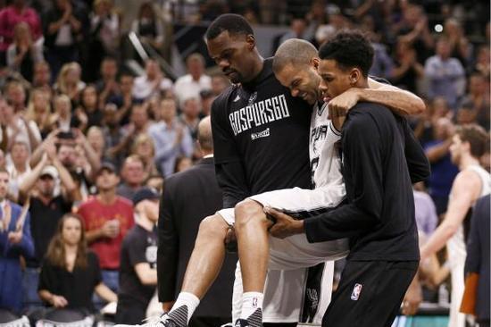 NBA马刺队官方发布最新消息:帕克赛季报销