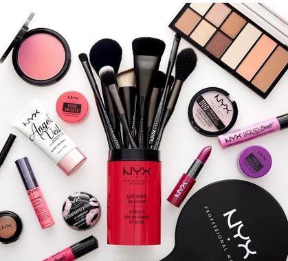 NYX化妆品品牌推出两款明星唇彩 价格亲民