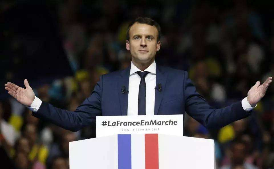 法国大选结果出炉 马克龙或与妻子携手步入政坛