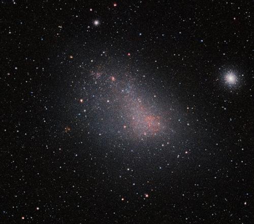 ESO发布小麦哲伦星云 前所未有的清晰度展现了其面貌