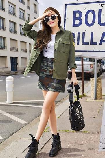 郑秀妍最新街拍示范 各种俏皮短裙甜美出境