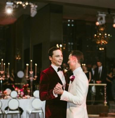 """""""谢耳朵""""和男友完婚 2012年承认出柜"""
