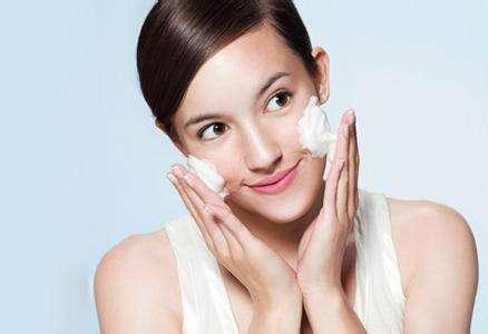 护肤的正确步骤_护肤步骤的先后顺序_正确的护肤步骤是什么_晚上护肤步骤的先后顺序_金投奢侈品