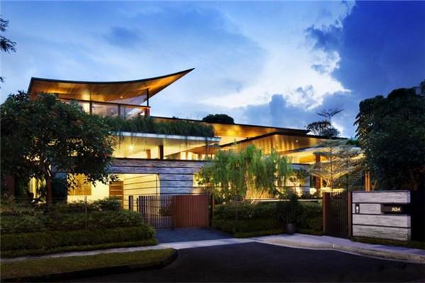 新加坡豪宅:利用山顶位置的微风为室内带来新鲜空气
