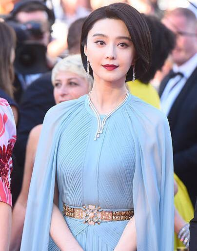 戛纳电影节闹乌龙 主持人称范冰冰代表作是《小姐》