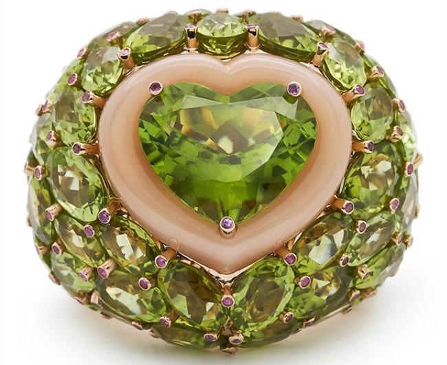 德·克里斯可诺高级珠宝系列橄榄石戒指 将明快色彩随身携带