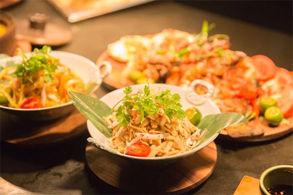 天津丽思卡尔顿酒店开启巴厘岛美食节