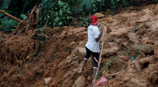 斯里兰卡暴雨引发洪水 共20万人受灾已持续两天