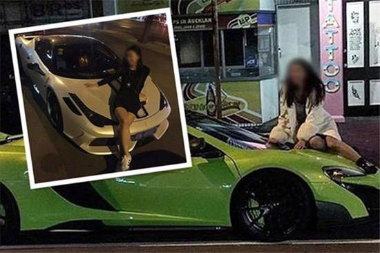女子爬豪车拍照 尴尬被附近车主撞见