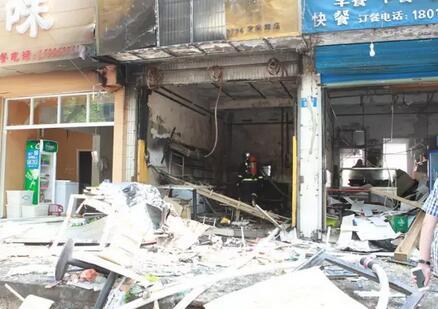 液化气爆炸最新消息:湖塘定安中路一小吃店发生液化气爆炸