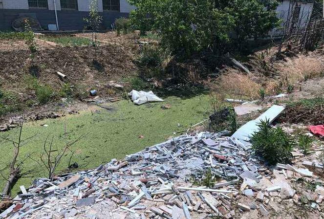 盐城黑臭河遭曝光:盐城黑臭河充斥粪便 今年6月内完成初步整治