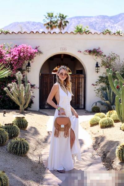 夏季服装流行趋势示范 能给足你优雅与气质