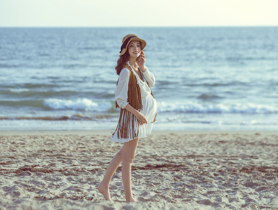 章龄之二胎孕期写真首曝光 多套造型出镜吸睛十足