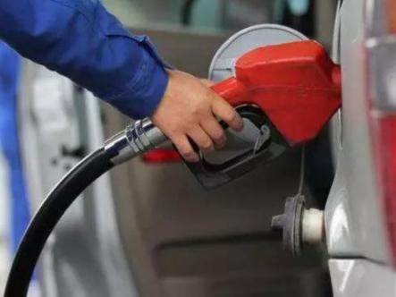 汽柴油价格战打响 与共享单车有关?
