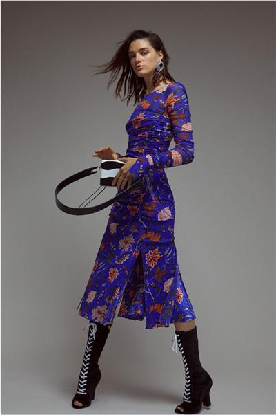 Diane von Furstenberg服装品牌释出2018早春度假系列