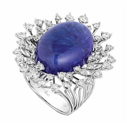 巴西珠宝商Hueb推出新作Luminus 立体多层镶嵌造就钻石光束