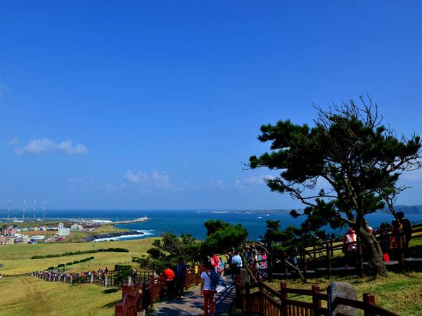 韩济州岛游客减少 同比减少1.7%与萨德脱不了干系