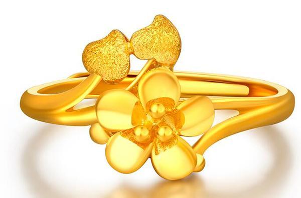 怀孕后可以带黄金首饰吗