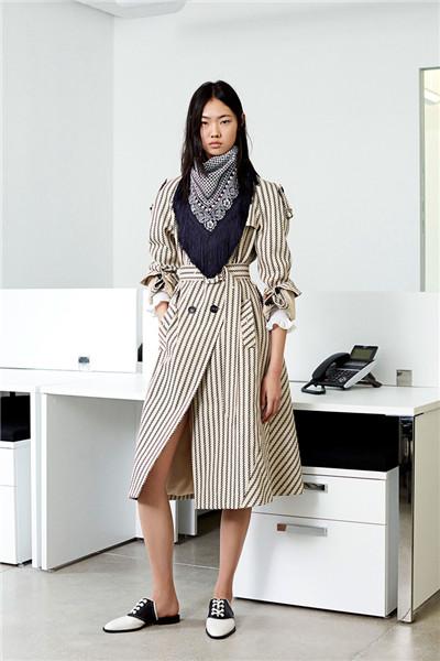 Altuzarra服装品牌释出2018早春度假系列时尚型录