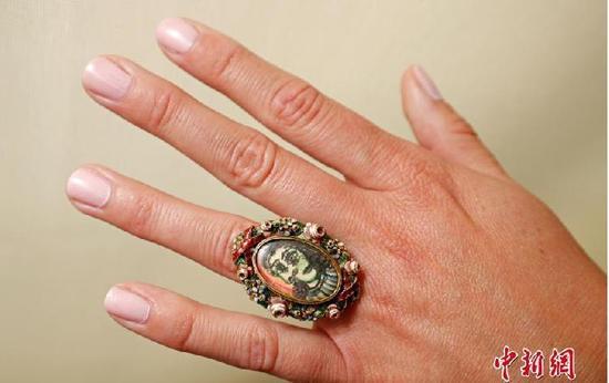 毕加索戒指将拍卖 西班牙画家毕加索为情人玛尔亲自设计