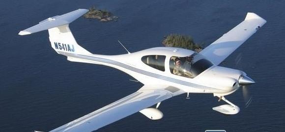 钻石DA40:拥有良好飞行性能的轻型私人飞机