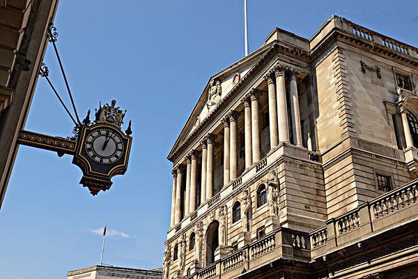 """英国央行也来""""凑热闹"""" 英镑短期或走强?"""