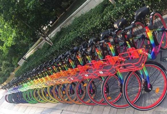 北京现七彩单车 这也太酷了吧!