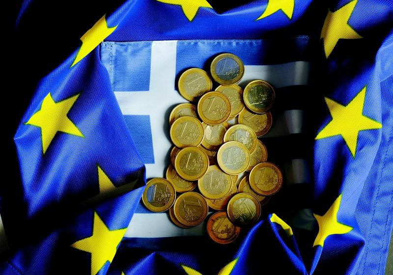 """欧元杠杆资金三年来首次""""净多仓"""""""