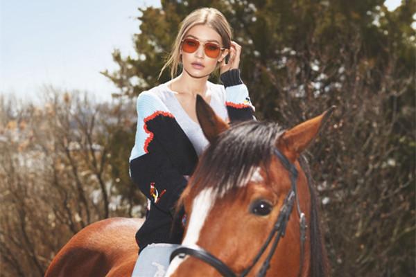 Gigi Hadid携手Vogue Eyewear推出首款奢侈品眼镜系列