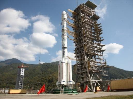 中国航天火箭发射失误 因火箭三级故障未能进入预定轨道