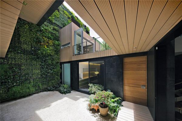 森林小屋豪宅:都市中开辟出一间清新居所