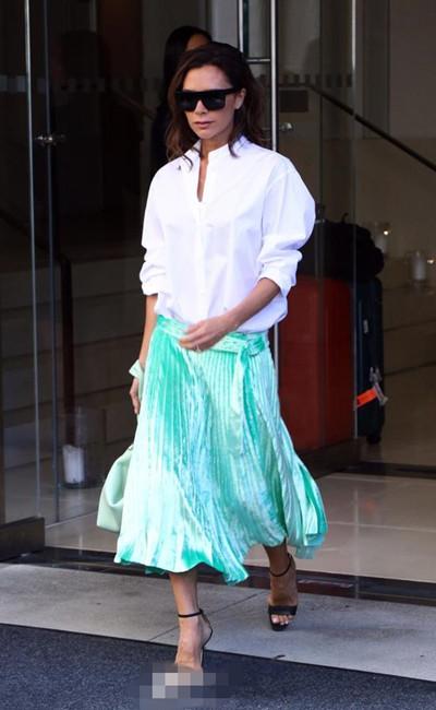 欧美达人服装流行趋势示范 Midi skirt谁不想来一件啊