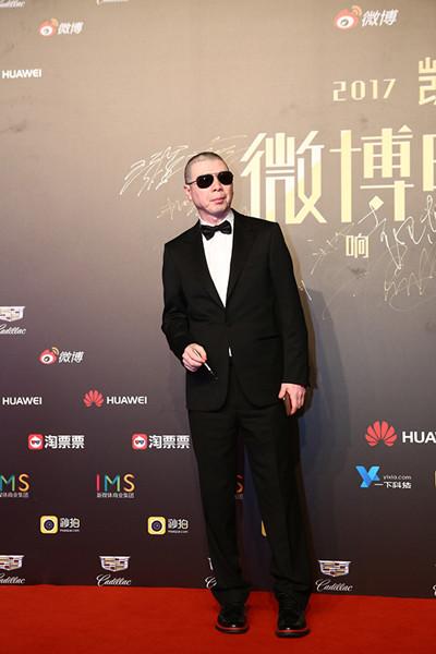 众男星穿衣搭配杰尼亚礼服亮相第20届上海国际电影节