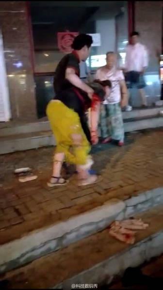 煎饼果子摊煤气罐爆炸:辽宁一夜市果子摊煤气罐爆炸11人伤
