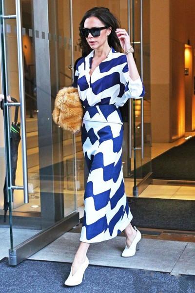 欧美穿衣搭配技巧示范 3组深蓝配色穿出高级感