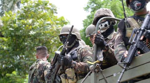 杜特尔特警告恐怖分子 将下令进行地毯式轰炸