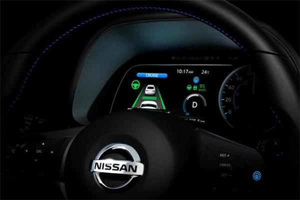 日产名车品牌全新聆风预告图曝光 将配备全液晶仪表