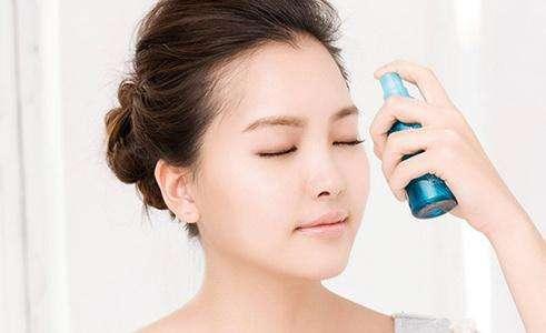 化妆水的正确使用方法