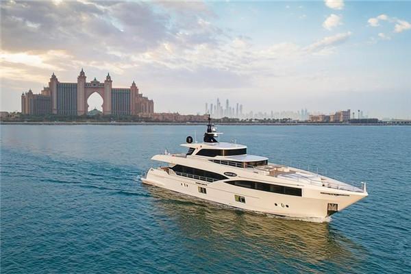 Gulf Craft宣布发布全新Super Majesty 100 Nahar游艇
