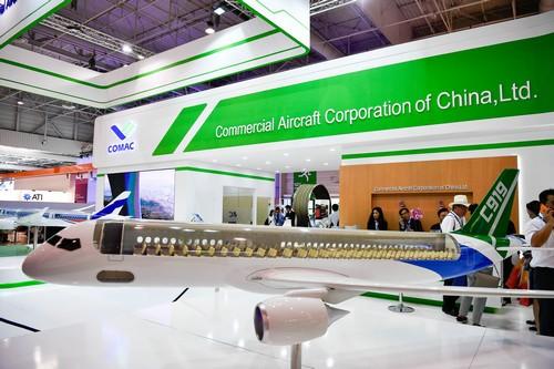 欧洲空客和美国波音展开宣传战 中国却在航空展上搞低调?