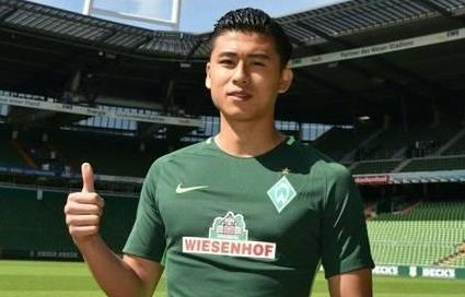 张玉宁创中国足球外卖历史 评估身价仅仅为70万欧元