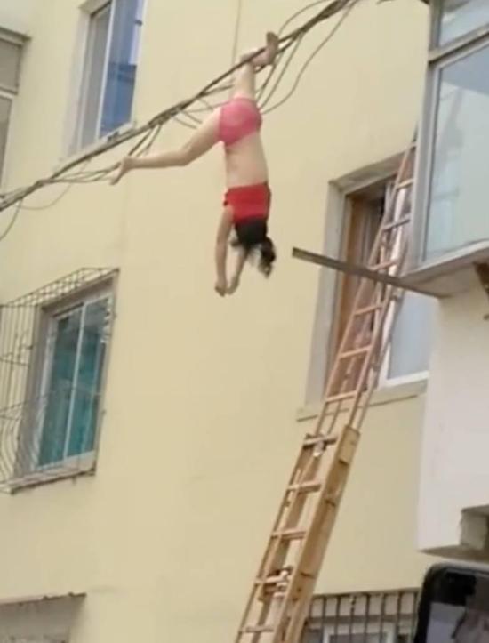 女子坠楼挂电线上 坠楼原因你想不到的