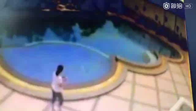 南京女游客在泰国勇救落水儿童 不幸遇难