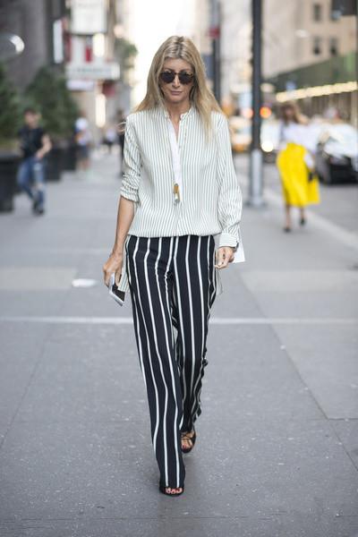 条纹阔腿裤如何搭配上衣 6款造型让你做个时髦小妖精