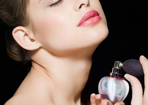 香水怎么喷效果最好
