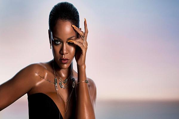 "Chopard呈现Rihanna携手推珠宝""RIHANNA CHOPARD""系列"