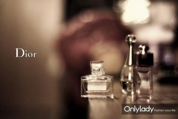 Dior香水 让高贵与优雅自然展露出来