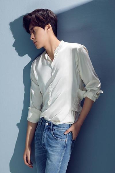 衬衫要怎么穿才帅气 看男神李易峰经典造型