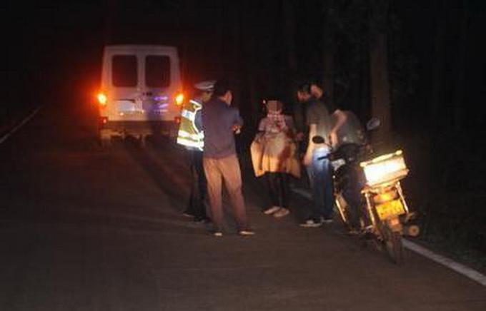 江苏男子车撞路人 已造成3人死亡多人受伤